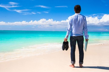 Tropical Islands and Beach Towns for Digital Nomads and Expats
