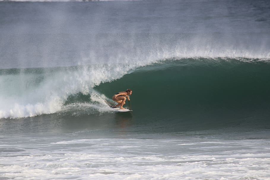 Surfing in Playa Venao